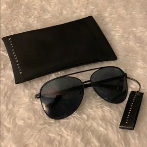 NWT Quay Australia Vivienne Sunglasses